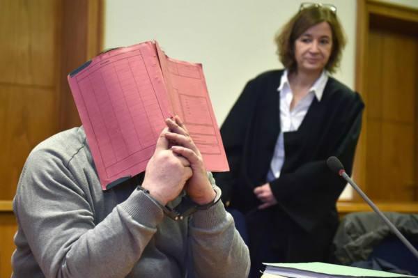 德国死亡护士受审怎么回事?德国死亡护士是怎么谋杀人?