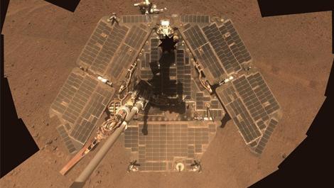 """""""机遇号""""火星车结束任务 回顾其15年职业生涯高光时刻"""