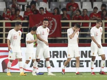 """不会踢后卫的前锋不是好射手 球迷眼中的国足亚洲杯""""集锦"""""""