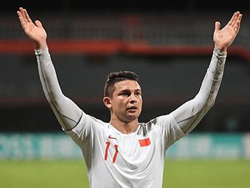 國足客場5:0大勝馬爾代夫 艾克森首秀貢獻2球