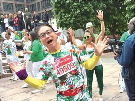 """年近七旬的杭州""""跑男"""" 完成全"""