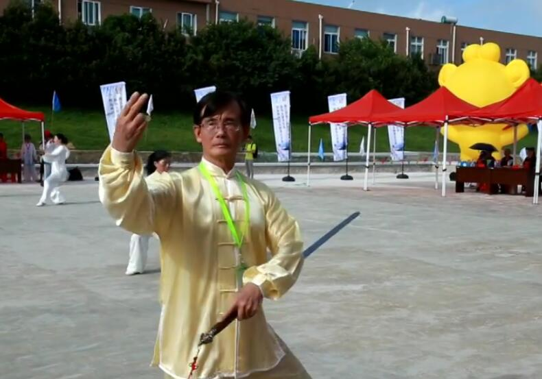 首个比赛项目在大陈岛举行