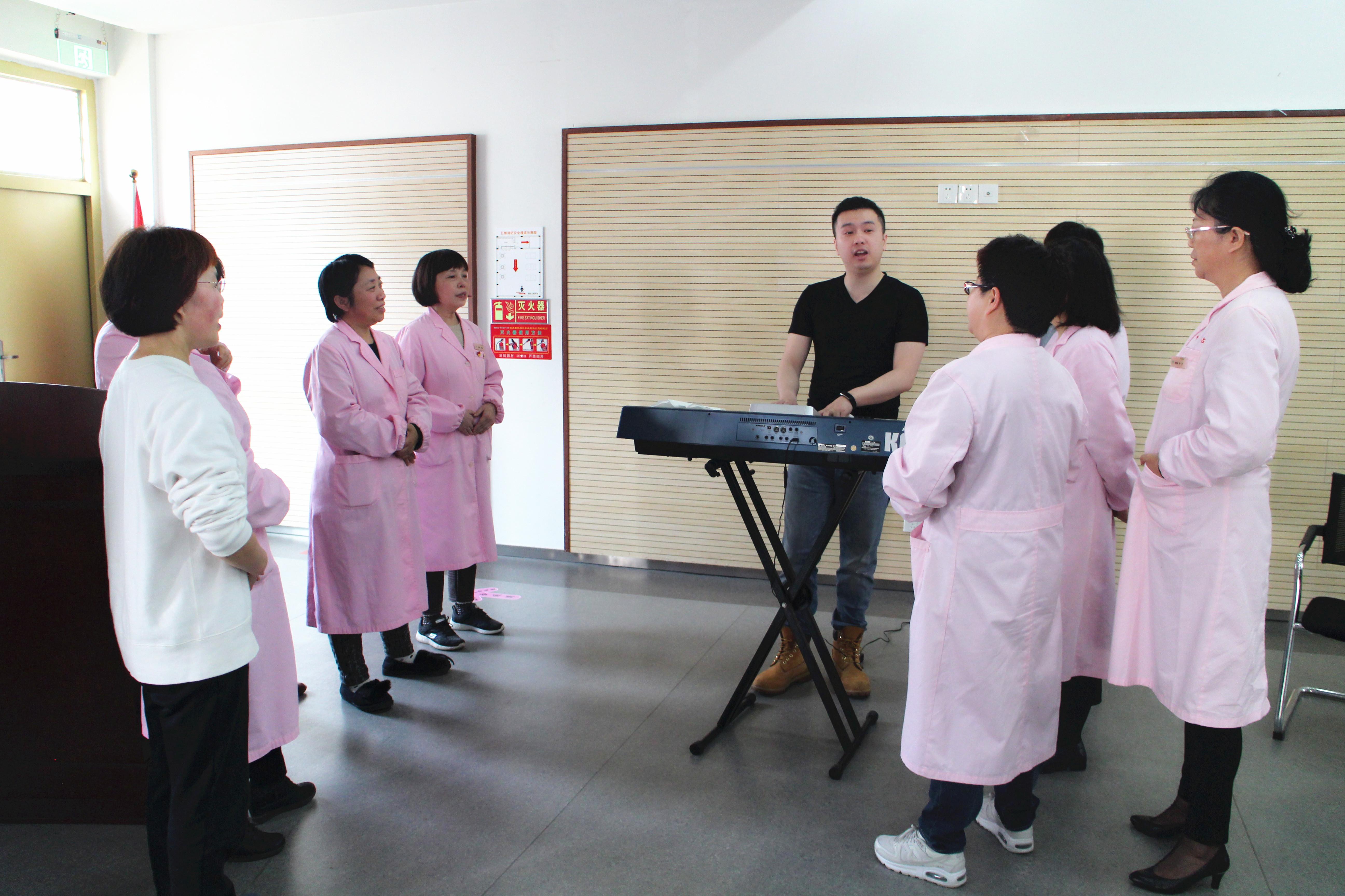杭州市计生指导站举办声乐知识讲座