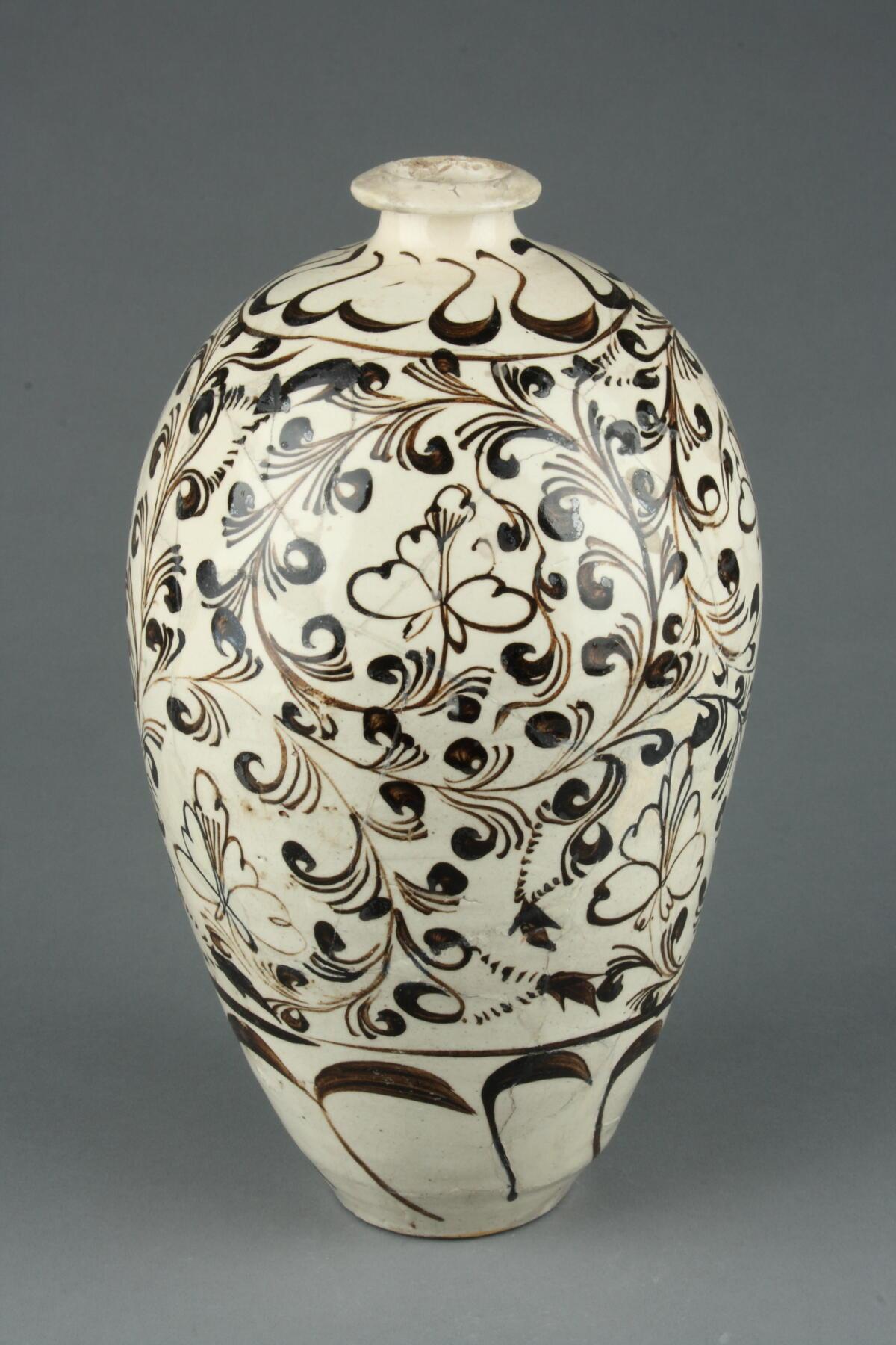 中国古代北方最大的民窑体系蕴含哪些艺术智慧?磁州窑精品瓷器赴青瓷故乡展出