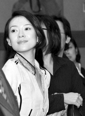 章子怡因知名度等原因 成电影界最年轻 领导 -