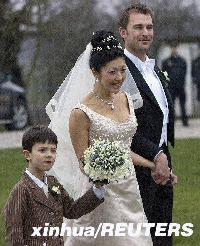 文雅丽王妃_丹麦前王妃文雅丽下嫁\