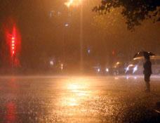 杭州城区持续暴雨