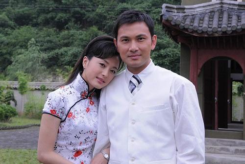 林文龙分别饰演痴情女子白玉兰和青年才俊乔日升,共同演绎了一段缠绵图片