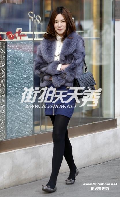13杭州:女孩最爱打底裤 街拍