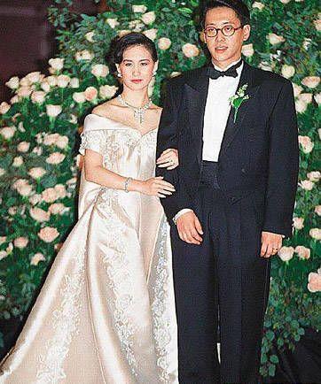 何超琼/何超琼与许晋亨的世纪婚礼曾被传做佳话