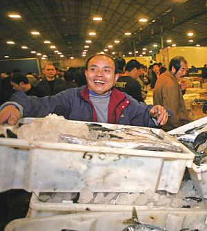 宁波最大的水产批发市场迁入路林市场 其他市