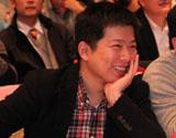 金地地产杭州公司总经理助理 沈锋明(左)