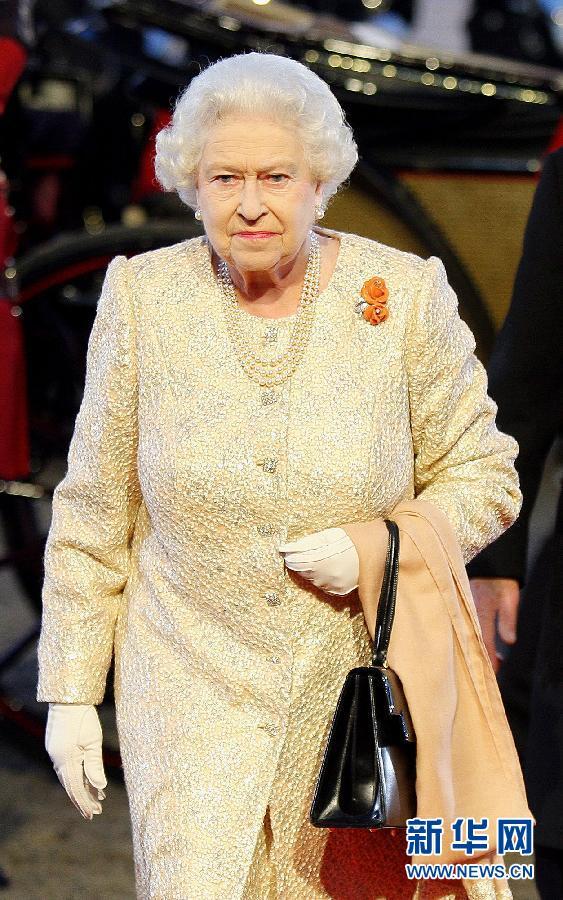 英攻略装扮女王:须舒适重亮眼-伊丽莎白二世北京自驾游五天秘籍图片