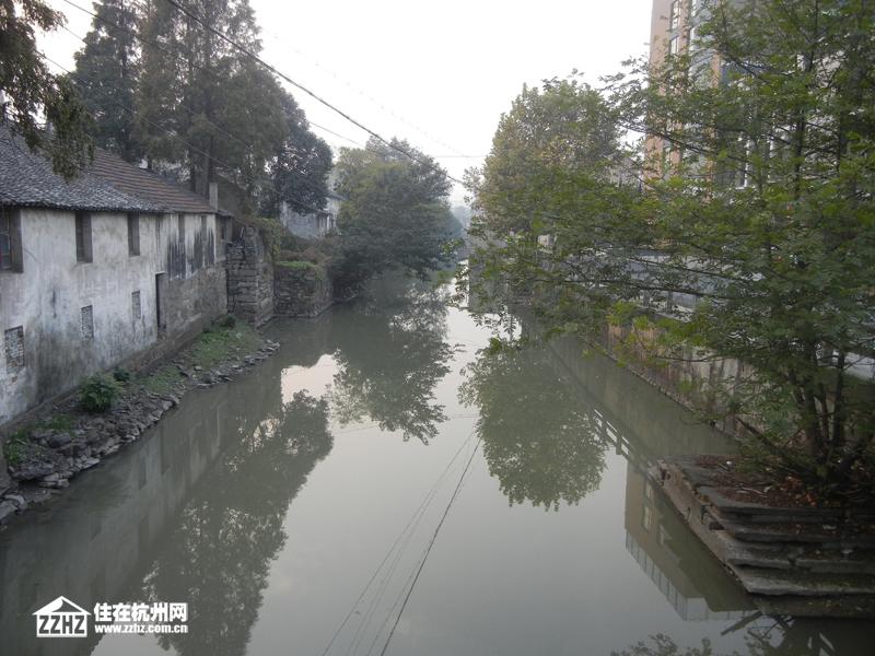 东方花城北侧紧靠官河合肥别墅区spa图片