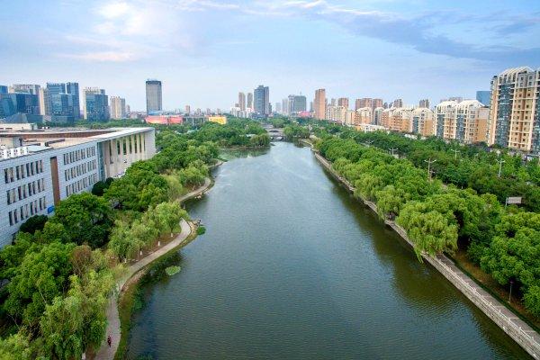长兴治水投入八十亿  水质转变美景现