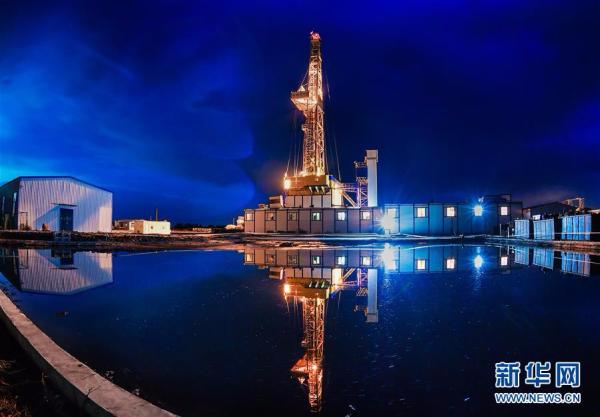 """7018米!我国超级钻机""""地壳一号""""创亚洲国家大陆科学钻井新纪录"""