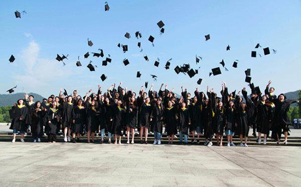 拍摄最美毕业照 记录美好芳华