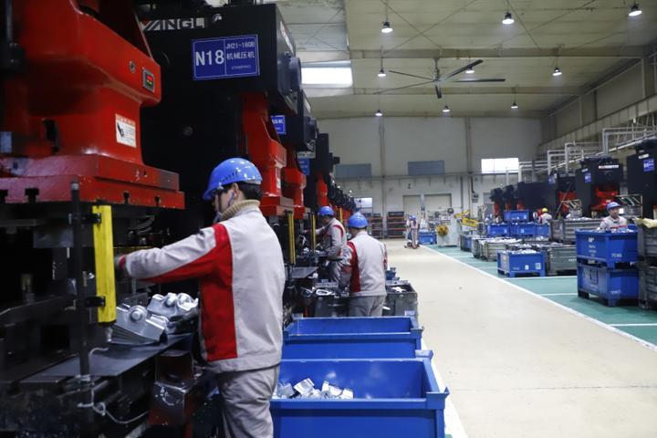 这家慈溪汽配企业一年要研发新品500多种