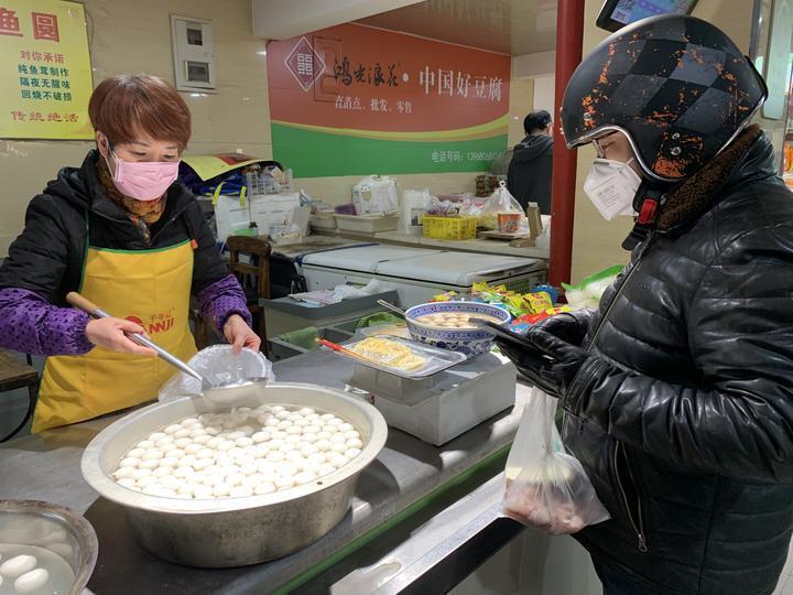 卤鸭、酥鱼、蜜藕……杭州老饕们 菜场里的那些美味回来啦