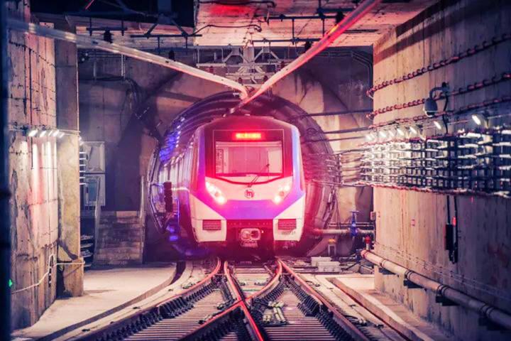 """5月13日,杭州地铁6号线二期工程顺利完成""""热滑""""试验。"""