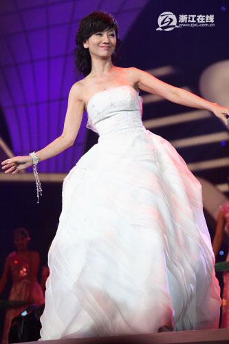 (Image:http://www.zjol.com.cn/pic/0/01/48/45/1484526_582443.jpg)