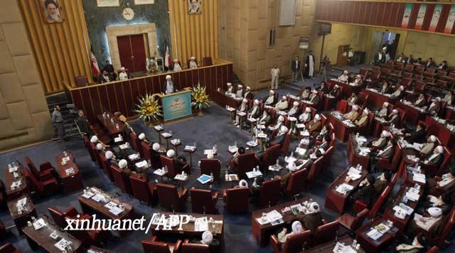 布什/9月4日,伊朗确定国家利益委员会主席、前总统拉夫桑贾尼在伊朗...