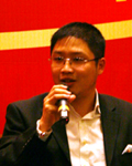 华润新鸿基助理总经理陈进发言