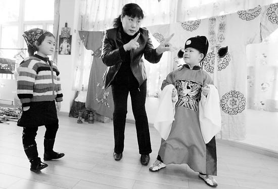 京剧进校园进行时—寻找杭城校园的京剧身影