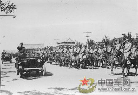 【背景资料1950年阅兵】人民的胜利