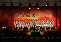 【摄影】高唱红歌祝福祖国