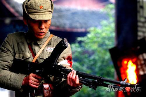 解放军战士拼命场面-战士 将登北京 瞄准草根战士继续 亮剑