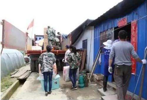 6月2日18时,随着最后一个大棚拆除完毕,历时两年之久的苏庄镇富户牛蛙养殖场问题至此已全面、干净、彻底解决。