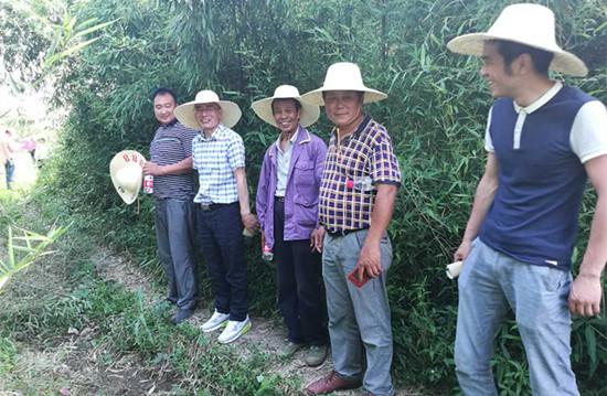 7天6晚,九华征地组顺利完成包括农贸市场在内的100亩土地的征收任务。