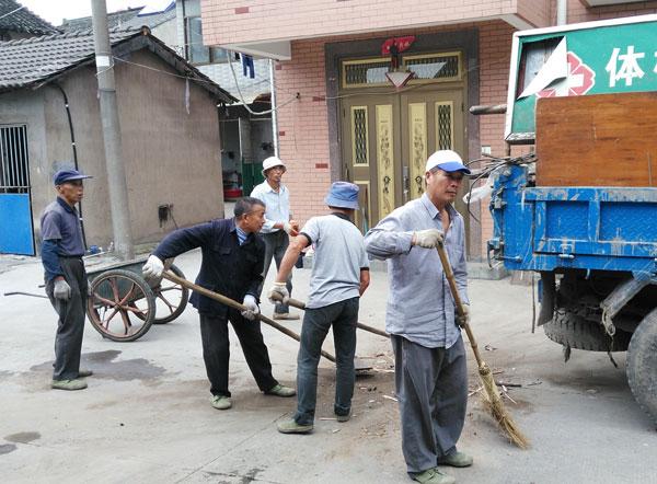 东浦袁川村村内堆积物清理
