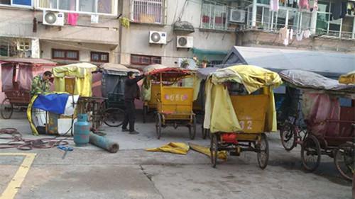 """梅城镇:人力三轮车回购,和""""黄包车""""说再见。"""